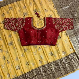 Dumbfounding Red Colored Banarasi Handlloom With Zari Wooven Pallu Saree And Malbari With Stone Embroidered Work Blouse Full Stitched For Wedding Wear